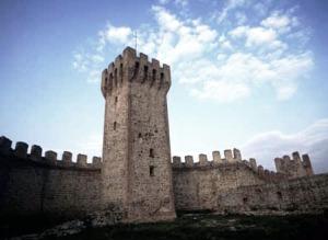 castle-walls04